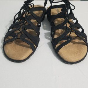 Cobbie Cuddlers Black Strap Sandals, Sz 8W